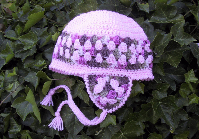 Suzies Stuff: WOMAN'S GRANNY EARFLAP CAP