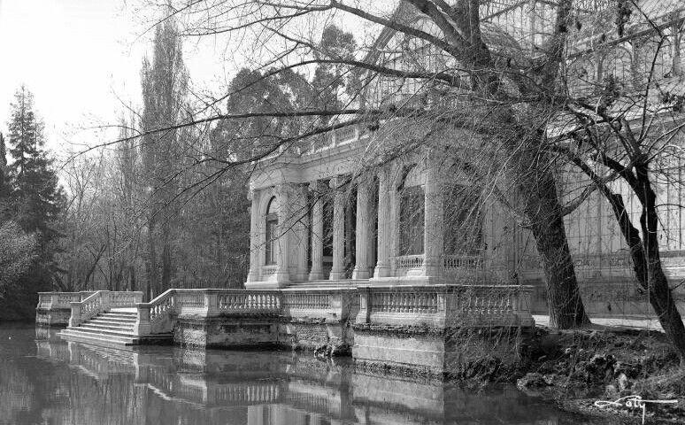 Terraza Del Palacio De Cristal Entre 1927 Y 1936 Antonio