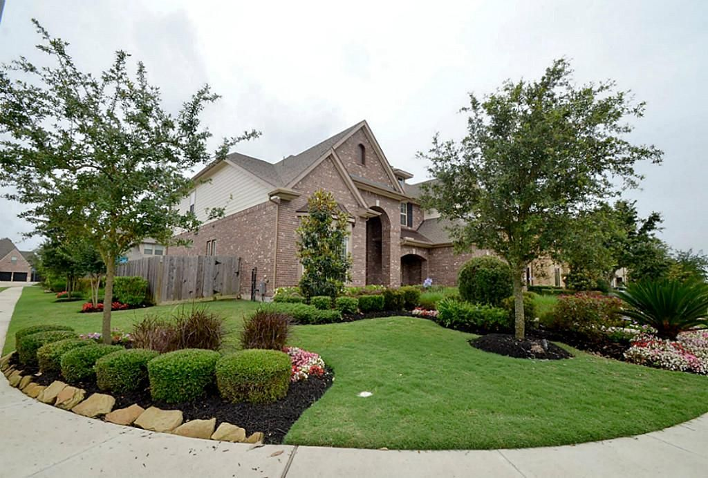 Marvelous Corner Lot Landscaping Pictures #4: 411 OLMSTEAD PARK DR Sugar Land, TX 77479: Photo Corner Lot Location With  Gorgeous