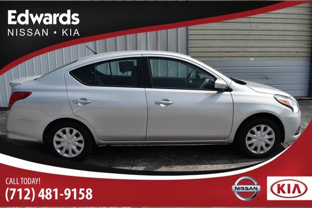 Used 2017 Nissan Versa 1.6 SV 4D Sedan for sale - only $11,489. Visit Edwards Kia in Council Bluffs IA serving Omaha, NE, Bellevue, NE and La Vista, NE #3N1CN7AP6HK458877