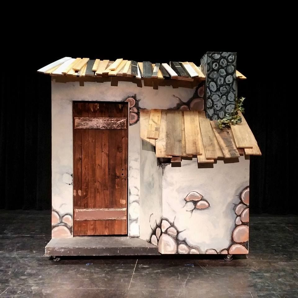 Tevye Golde S House Bloomfield High School S Production Of Fiddler On The Roof 2014 Set Design Theatre Stage Set Design Stage Set