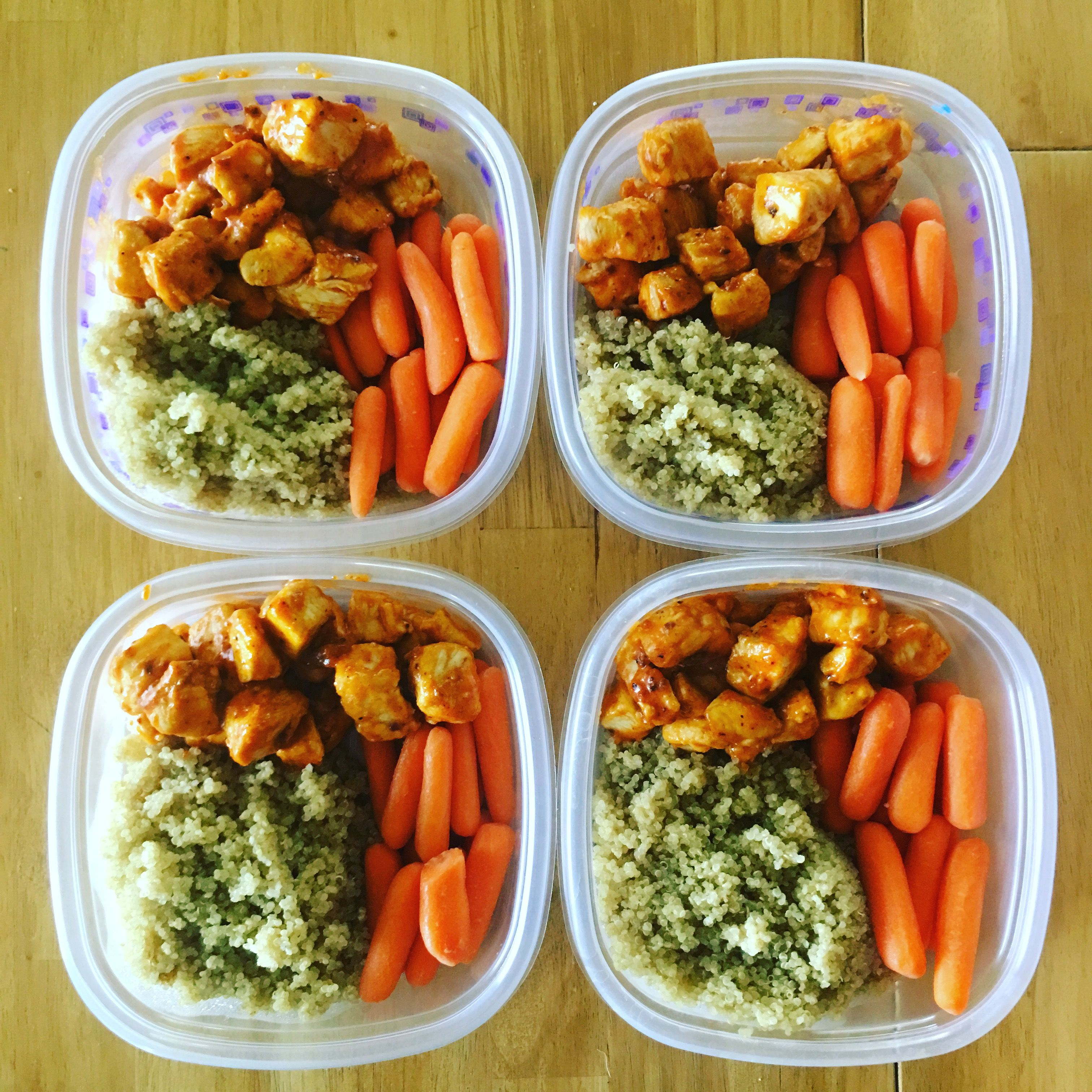 Buffalo Chicken is on the menu for this week! Details are in the comments! #mealprepping #OneSimpleChange #mealprep #healthy #mealplanning #healthyliving #food #weightloss #sunday