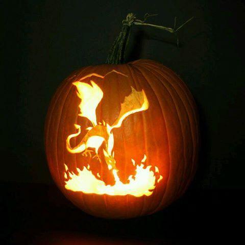 Aflame Kurbisse Schnitzen Halloween Kurbis Schnitzen Kurbislaterne Schnitzen