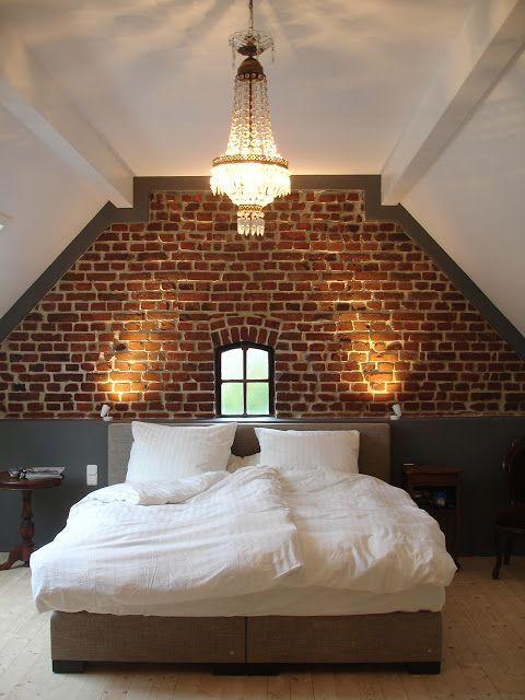 mur de briques couleurs neutres et lumi re chaude lofty ideas studio pinterest. Black Bedroom Furniture Sets. Home Design Ideas