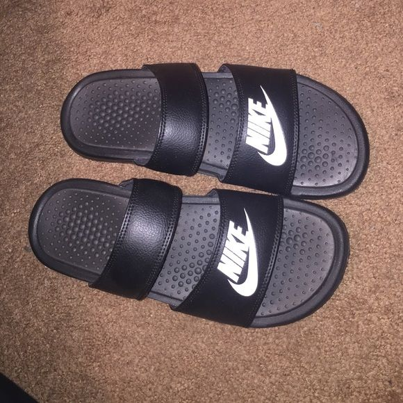 e54577f2e705 Double strap Nike slides Brand new