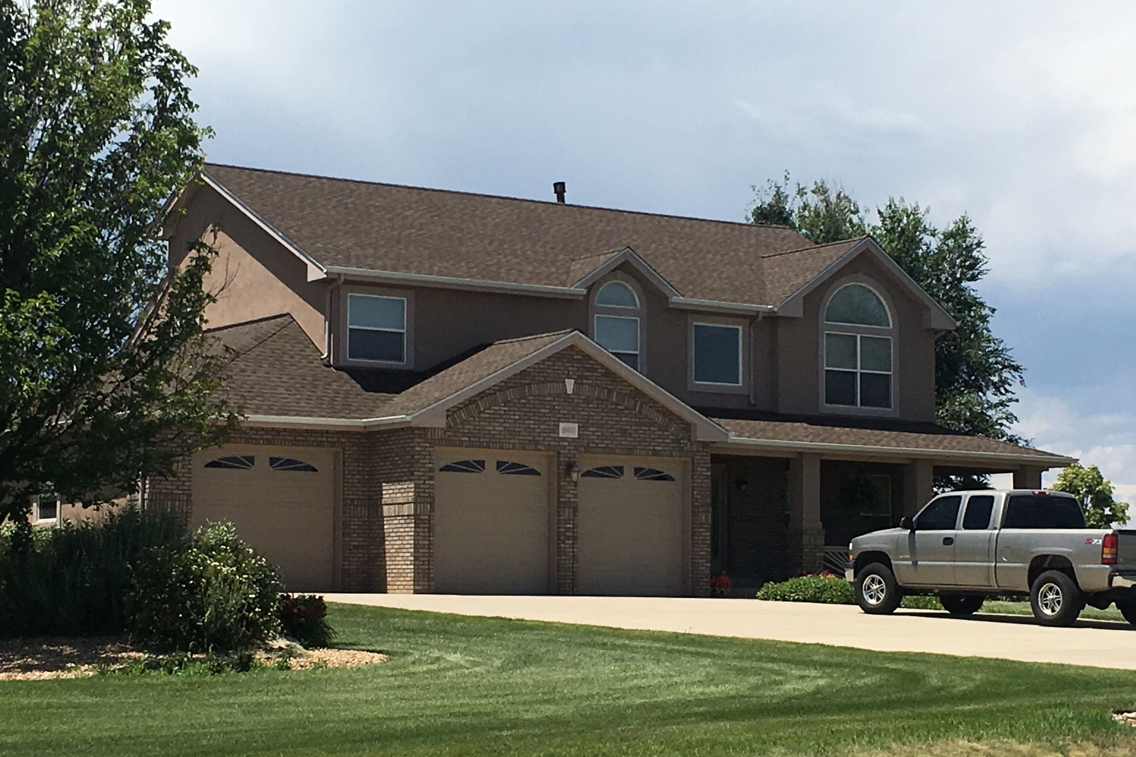 Best This Home In Mead Has Barkwood Shingles On It From The Gaf 400 x 300