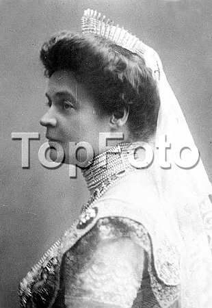 1914 Eleonore of Bulagaria, nee Reuss of Kostritz. More from the ever-brilliant Ursula at royal magazin. https://royal-magazin.de/bulgaria/eleonore-bulgaria-bulgarie.htm