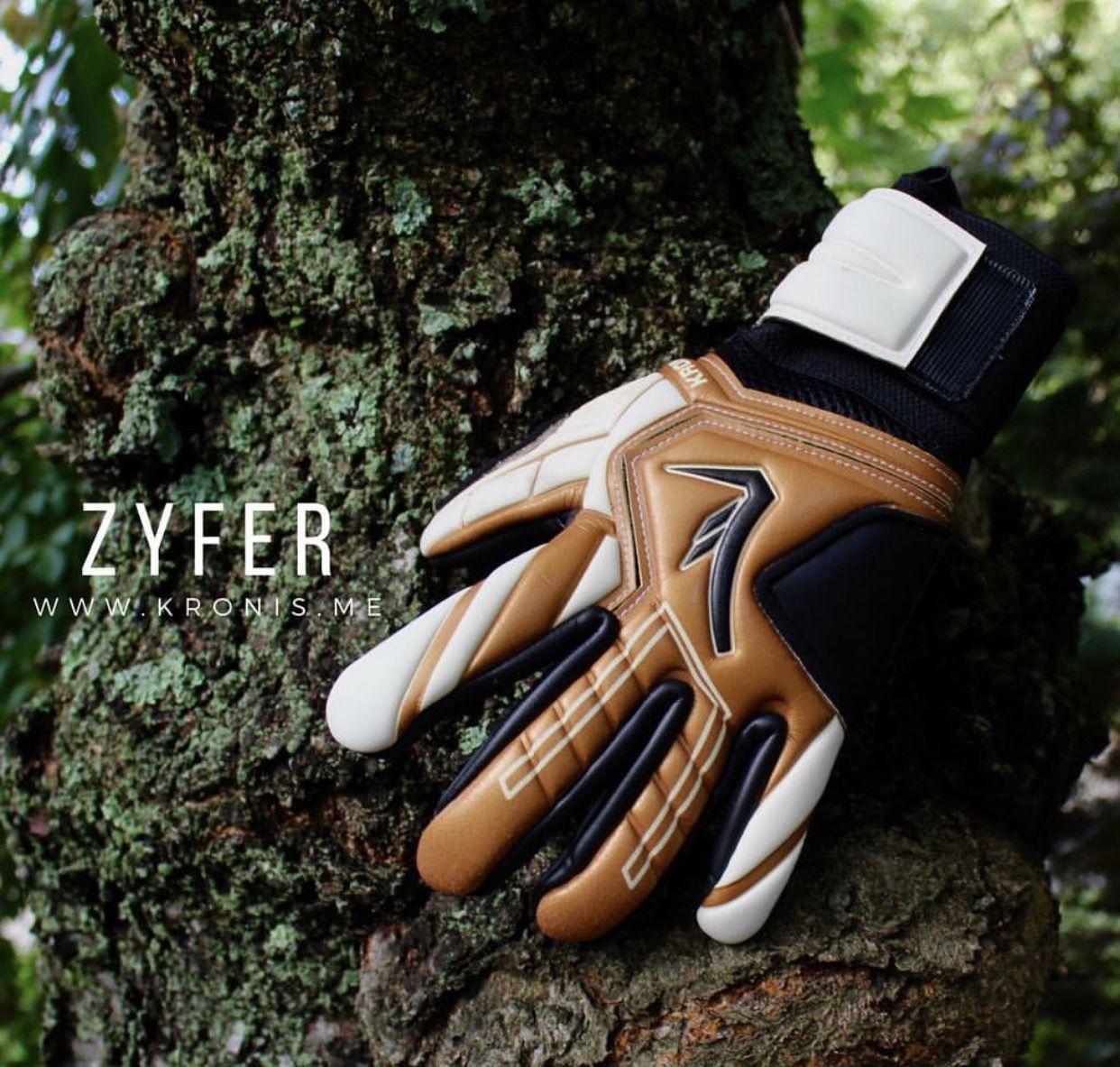 Goalkeeper gloves goalkeeper gloves athletic wear leather