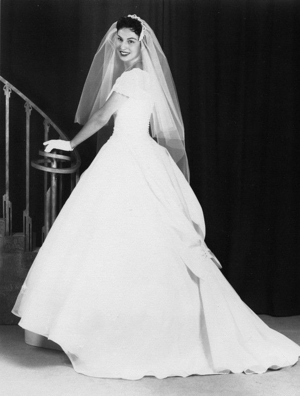 1959 Wedding Dress | history of fashion - wedding dresses ...