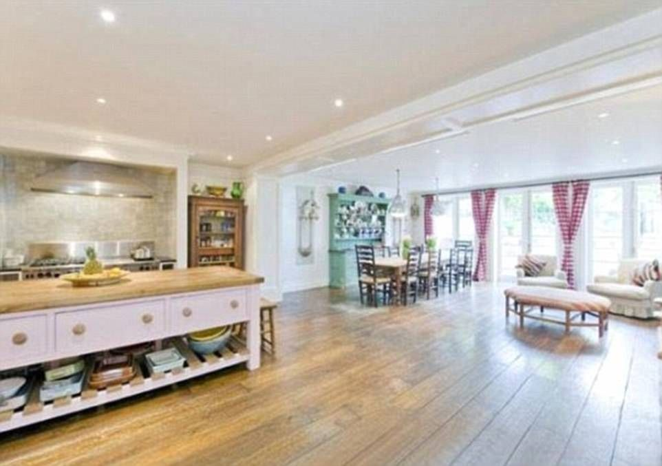 Lewis Hamilton Buys 18m West London Mansion London Mansion Home Ben Goldsmith