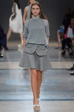 Sacai Spring 2014 Ready-to-Wear Collection on Style.com: Complete Collection