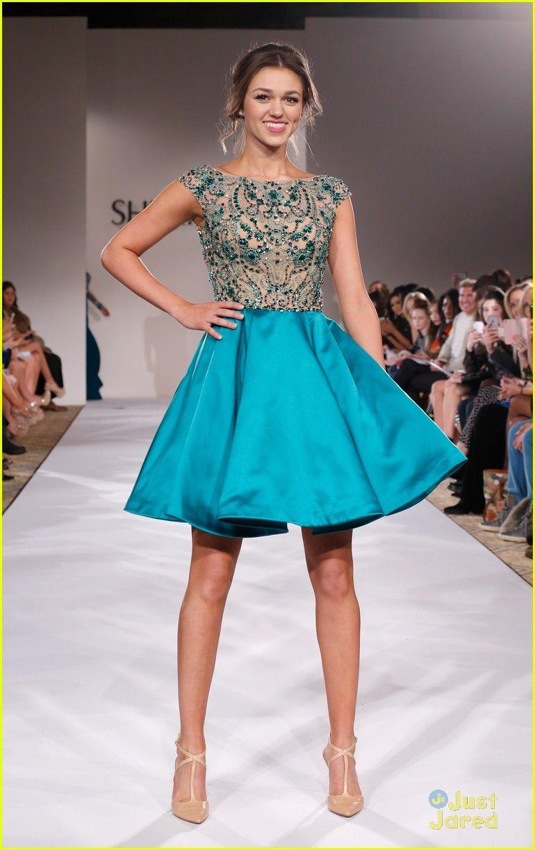 Sadie Robertson Walks The Runway For Sherri Hill Fashion Show