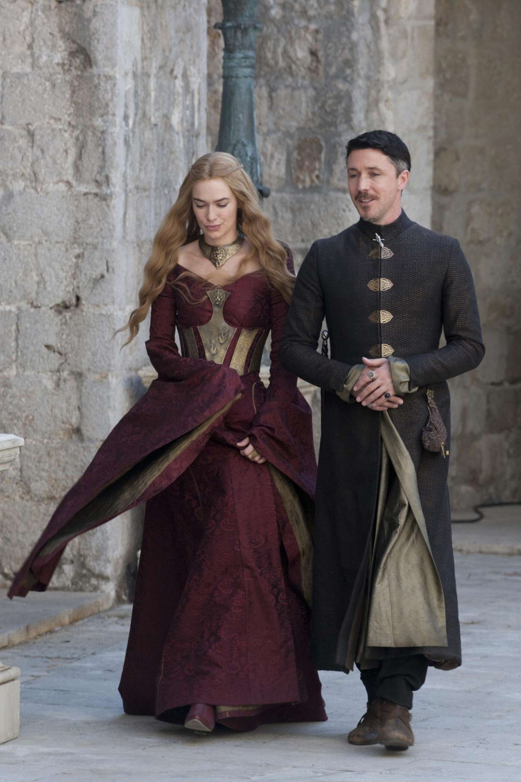The 45 Most Stunning Looks On Game Of Thrones Lannister Fashion Cersei Lannister Game Of Thrones Costumes