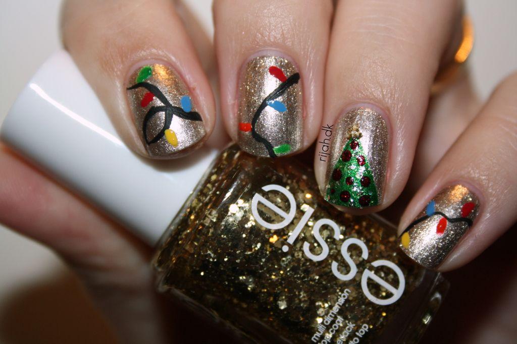 Christmas tree nails #christmasnails #christmas #xmasnails #nails #xmas #christmastree #nailart #nails #xmastree