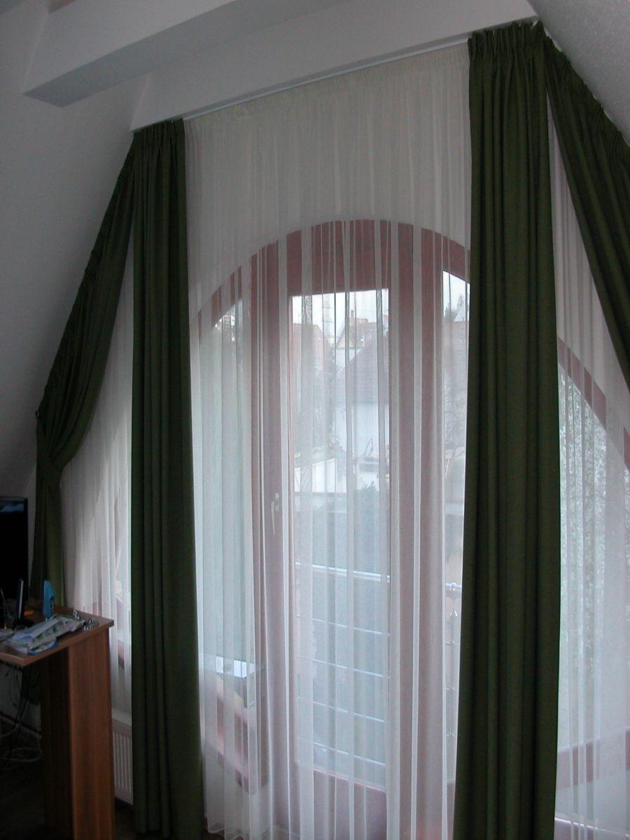 Háló szoba – Tetőtéri ablak függönyözése Redőnyök 1cec556d44