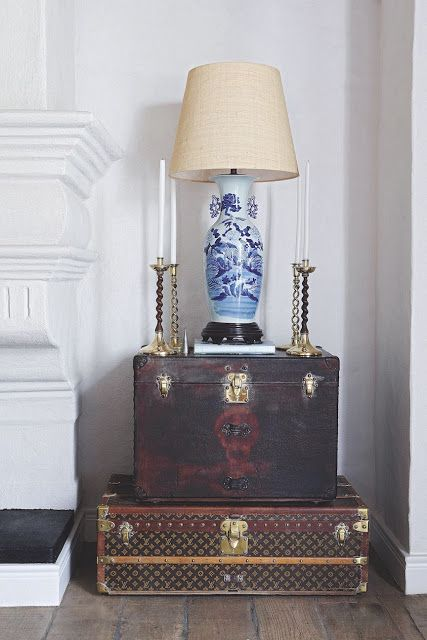Photo of A Chinoiserie Vignette (Chinoiserie Chic)