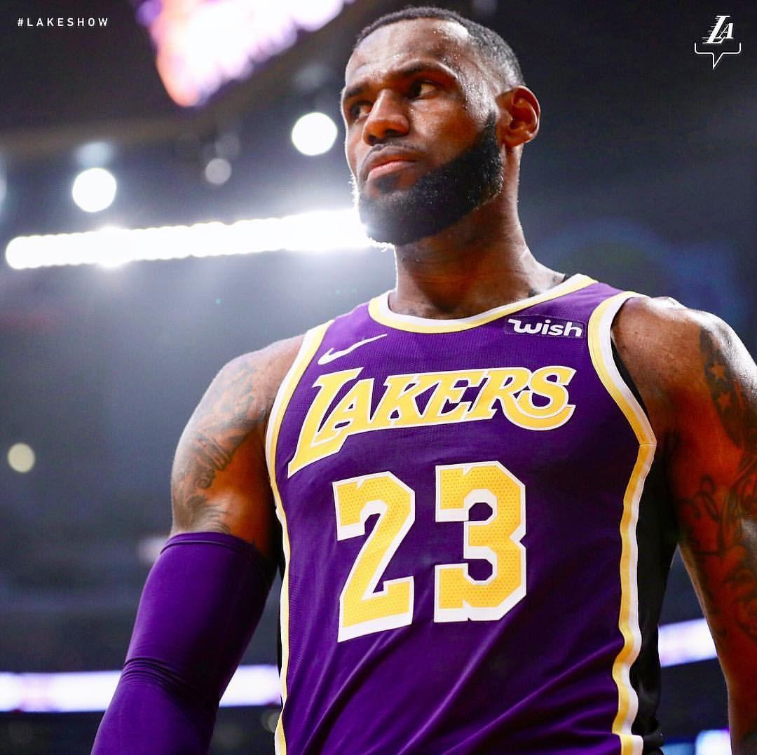 Los Angeles Lakers On Instagram King Coming Through Lebron James Los Angeles Lakers Lebron