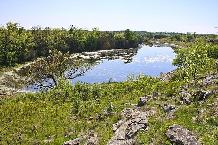 Minnesota Seasons Gneiss Outcrops Sna Granite Falls Gneiss Scenic