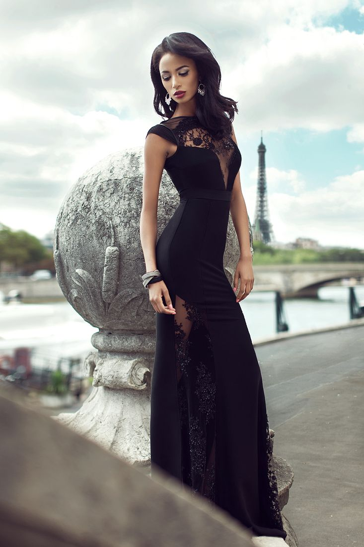 Designed to flatter your figure, this amazing black full length evening dress is a complete stunner! For more details about this dress, please click the link bellow: http://shop.cristallini.com/evening/cristallini-ska140