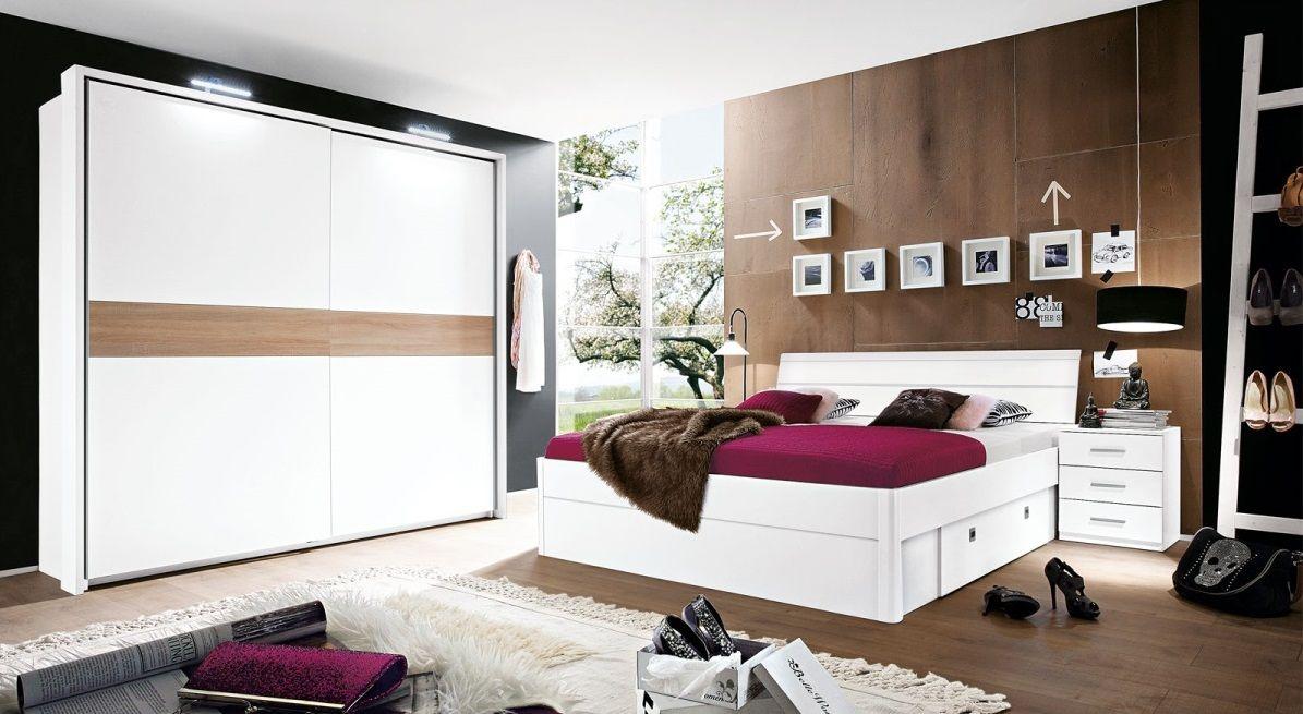 Die Bettanlage VILLA ist eine moderne Möbelkombination in ...