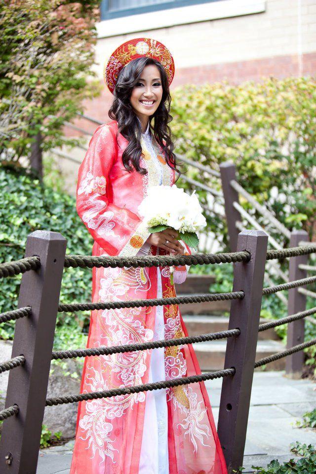 Custom Made Traditional Vietnamese Wedding Gown