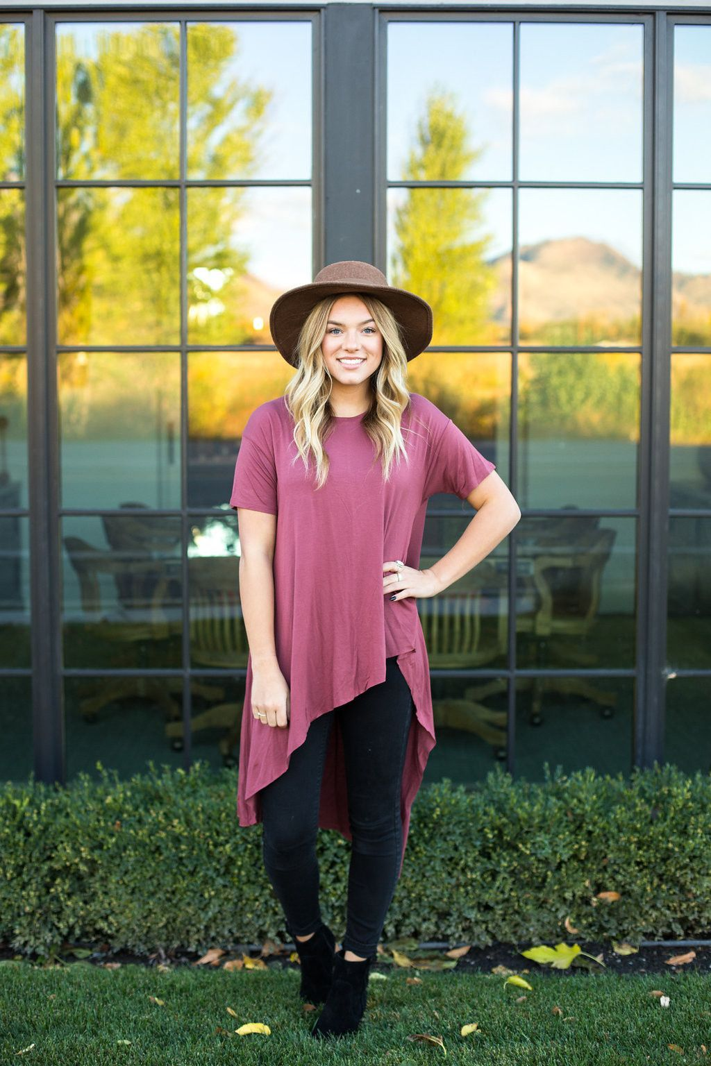 The Goldie High Low Tee in Mauve