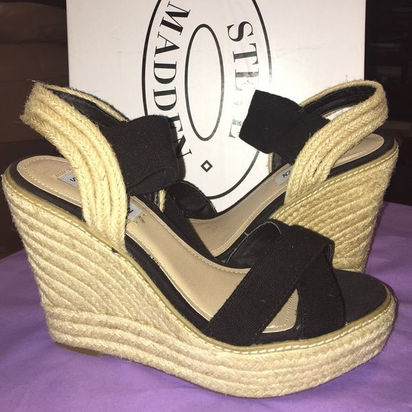 "STEVE MADDEN platform wedge espadrilles Brand new in box and never worn! Style: ""eira"" this is a black canvas wedge with natural woven wedge. Retail is $95 plus tax! Size 8.5. Perfect condition no wear on the bottom from even trying them on! Comfortable! Steve Madden Shoes Wedges"