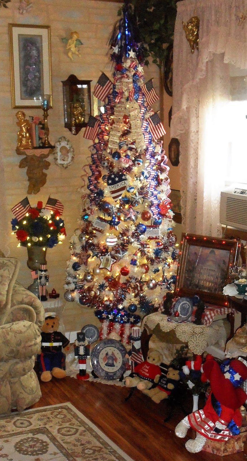 Debbie Dabble Blog Patriotic Tree 1 2018 Cosy Christmas Holiday Decor Holiday Celebration