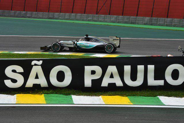 "Katy on Twitter: ""A menos que llueva, este fin de semana será de #Mercedes 1-2 en las primeras practicas #GPBrasil Lewis al frente https://t.co/p2dgnZi2Zr"""