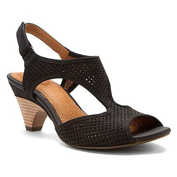 Clarks Evant Julie found at #OnlineShoes