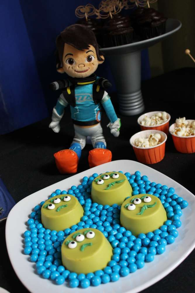 Miles from Tomorrowland birthday party chocolate covered Oreos! See more party ideas at CatchMyParty.com!