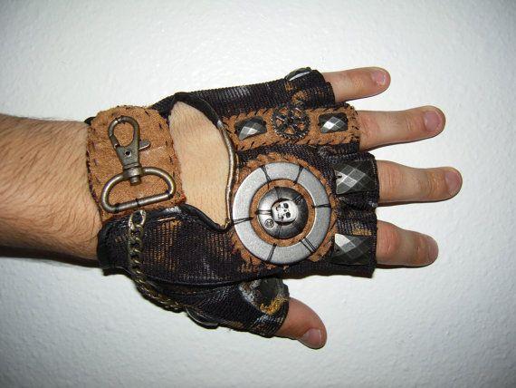 MENS Deadwood Gulch- Moonhoar Monster Glove- S, M, L, XL, XXL