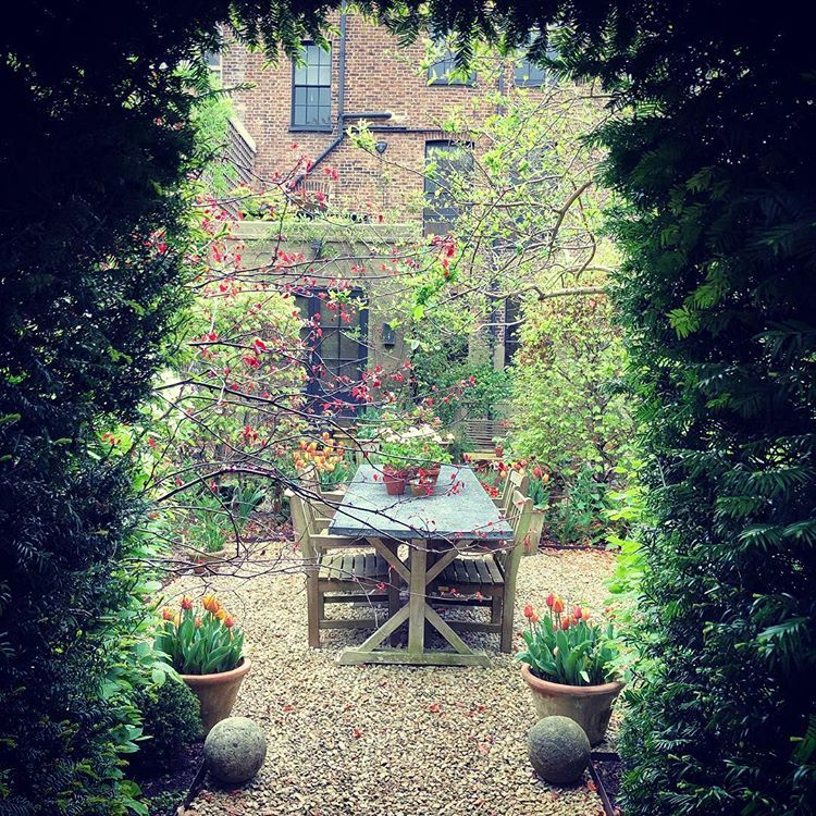 "Nigel Slater på Instagram: ""The garden table, spied ..."