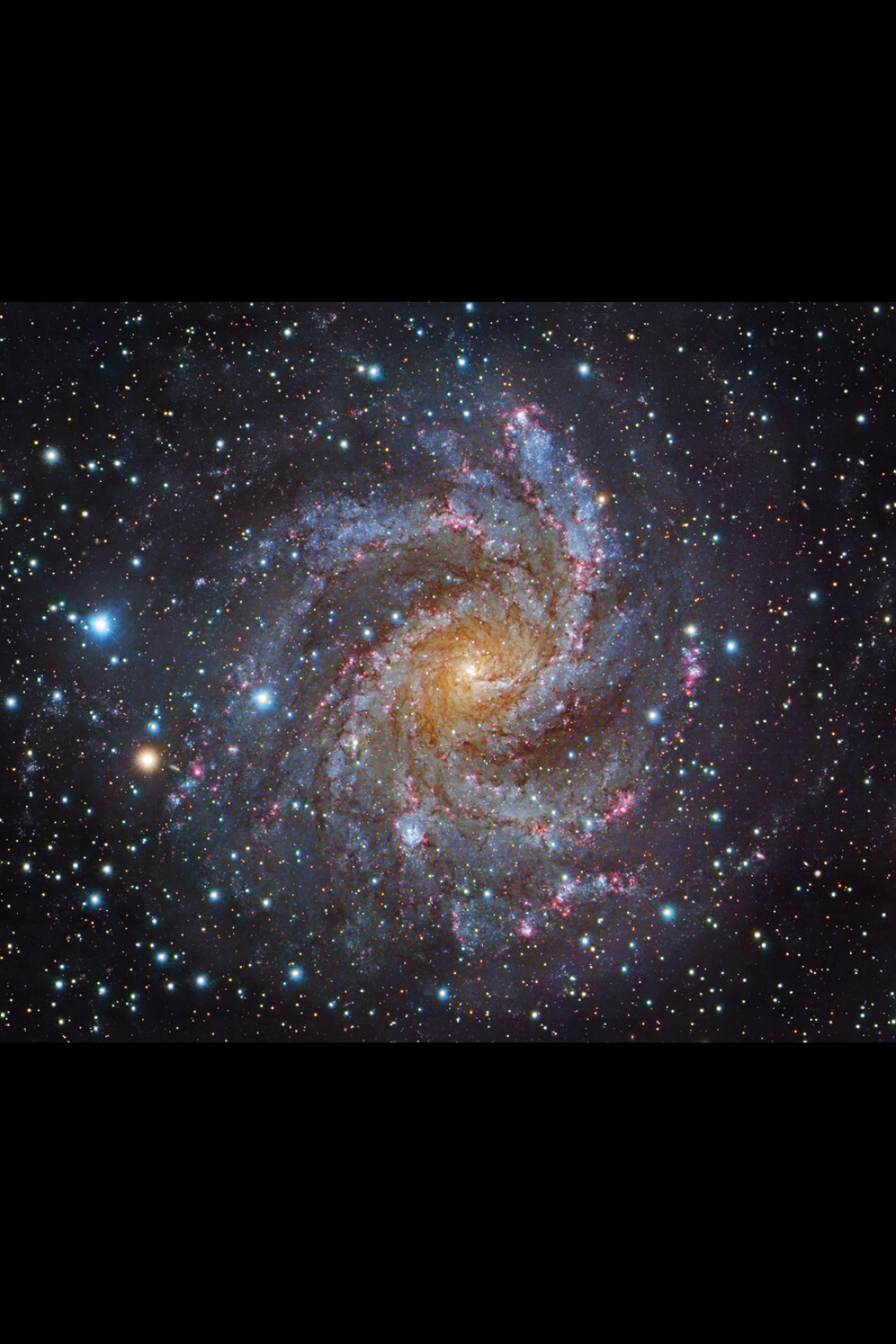 Ngc 6946 The Fireworks Galaxy Spiral Galaxy Space And Astronomy Planets And Moons