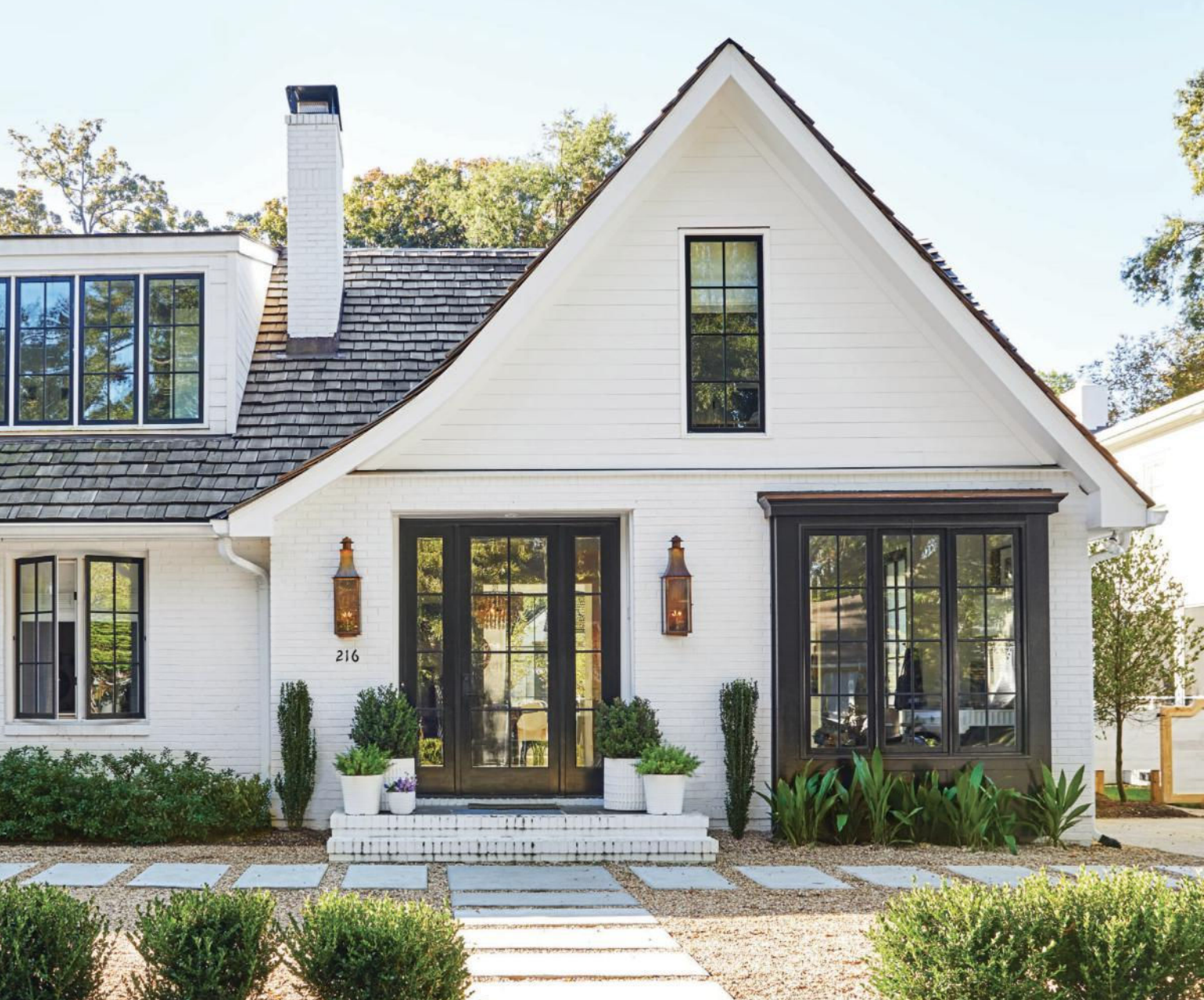White house with black trim for the exterior in 2019 modern farmhouse exterior white - Black house with white trim ...