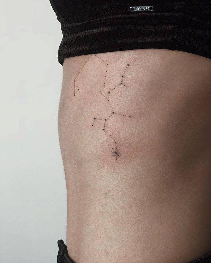 Photo of Minimalist Sagittarius Constellation Tattoo auf dem Brustkorb Minimalist Sagitt …, #cage # …