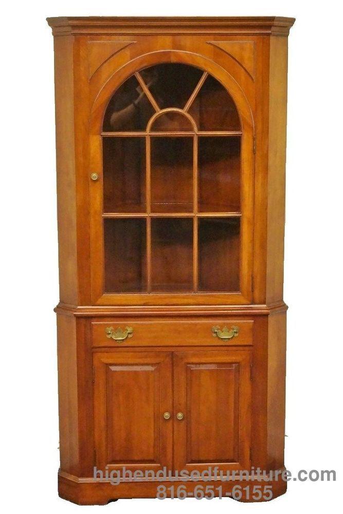 Willett Wildwood Solid Cherry Corner China Cabinet Hutch 6568