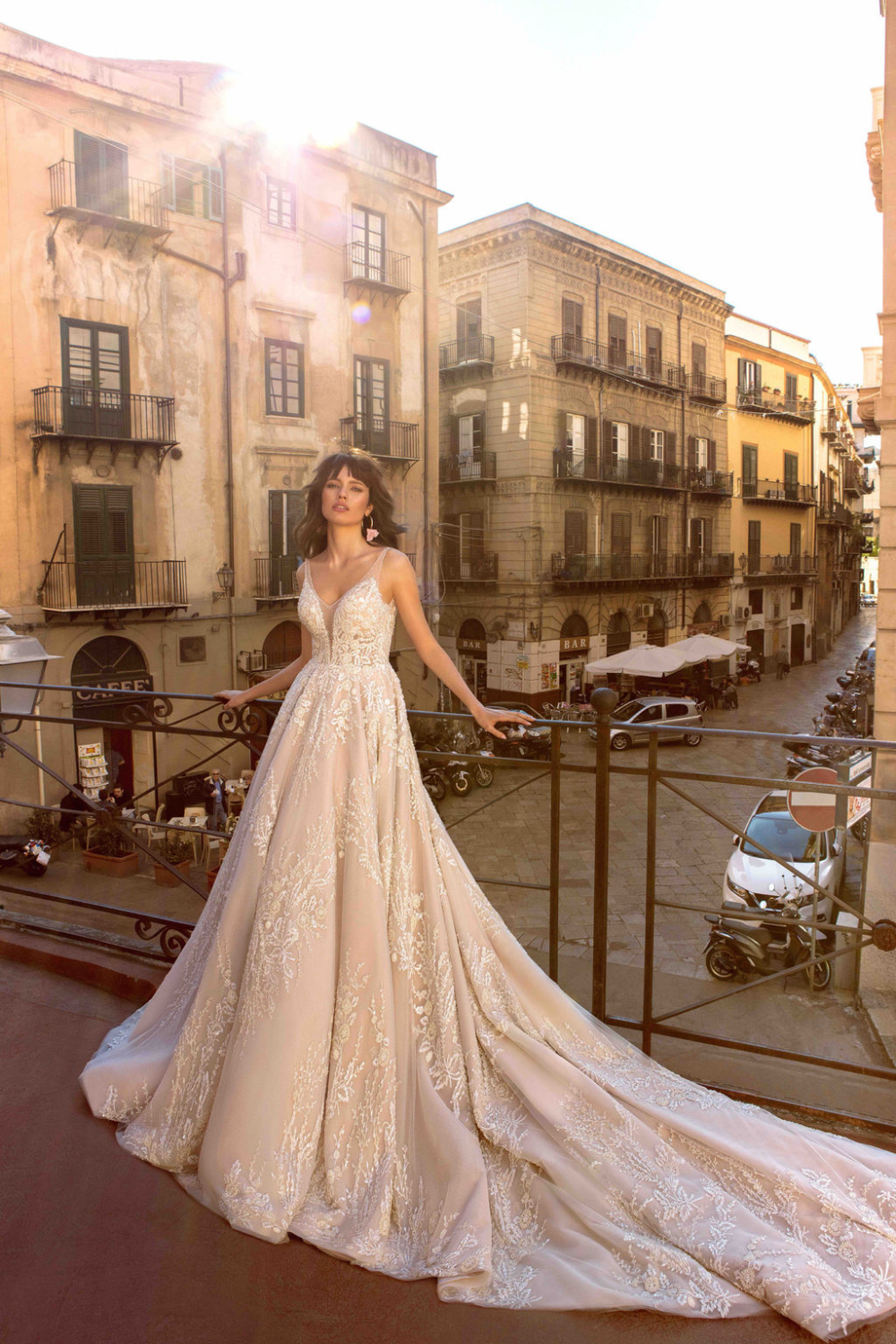 Off The Rack Clearance Gowns Frisco In 2020 Bride Dress Wedding Dresses Wedding Gowns