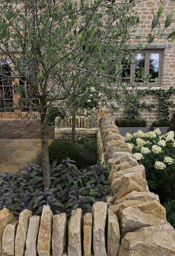 Grand Oak Meadows | Garden Design Oxfordshire | Hendy ...