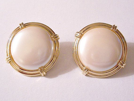 Monet Pearl Moon On Clip Earrings By Prettyvintiquejewels