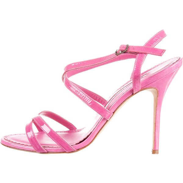 Pre-owned Manolo Blahnik Sandals ($175) ❤ liked on Polyvore featuring shoes, sandals, pink, strap sandals, strap shoes, pink shoes, pink patent shoes e strappy sandals