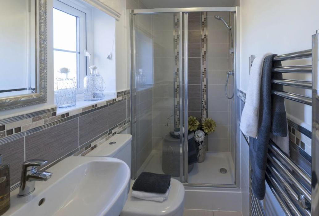 Barratt homes lincoln at glenfield park kirby road for Bathroom design leicester