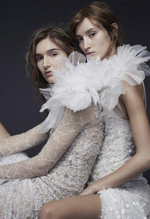 От платья-торта до джинсов: Как менялась свадебная мода. Изображение № 9.