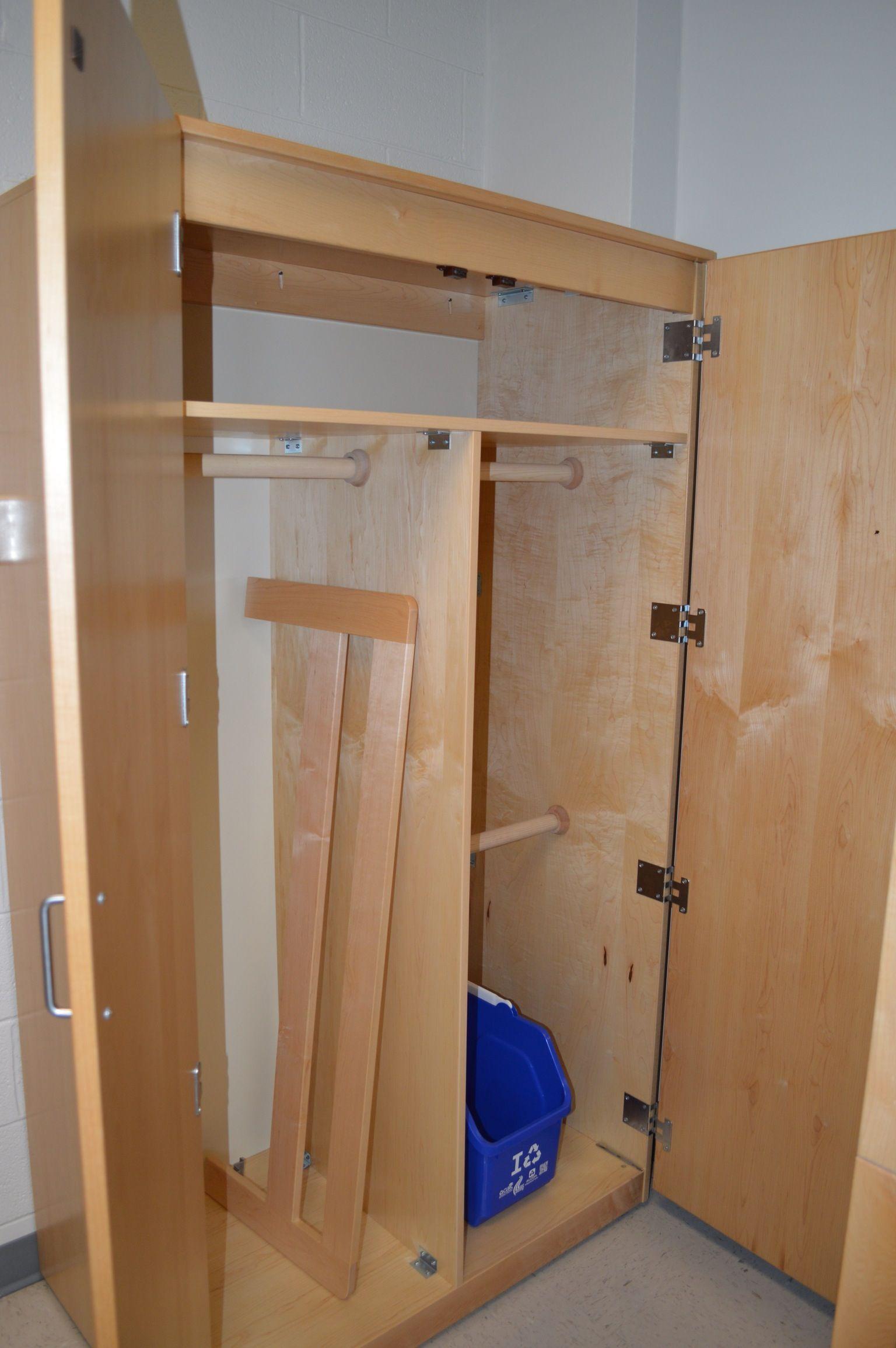 Dorm Room Closet: Hess Residence Hall Room Closet (1 Of 2 Closets In Room