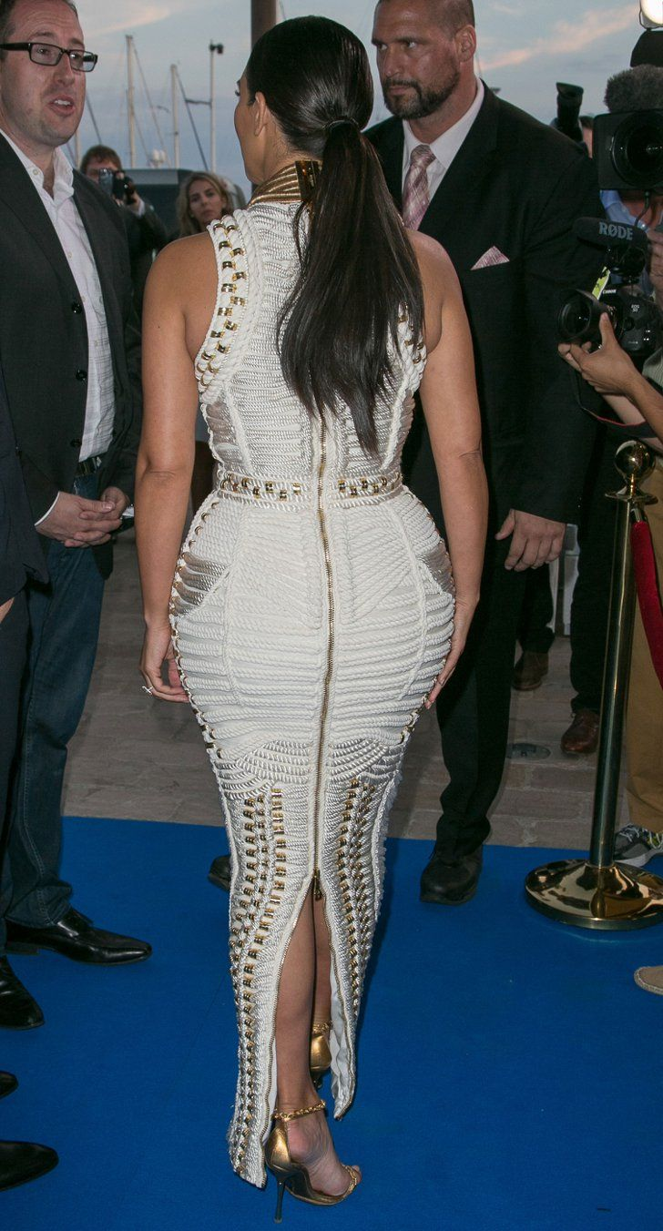 Pin for Later: This Is the Perfect Balmain Gown For Kim Kardashian's #YachtLife Kim Kardashian
