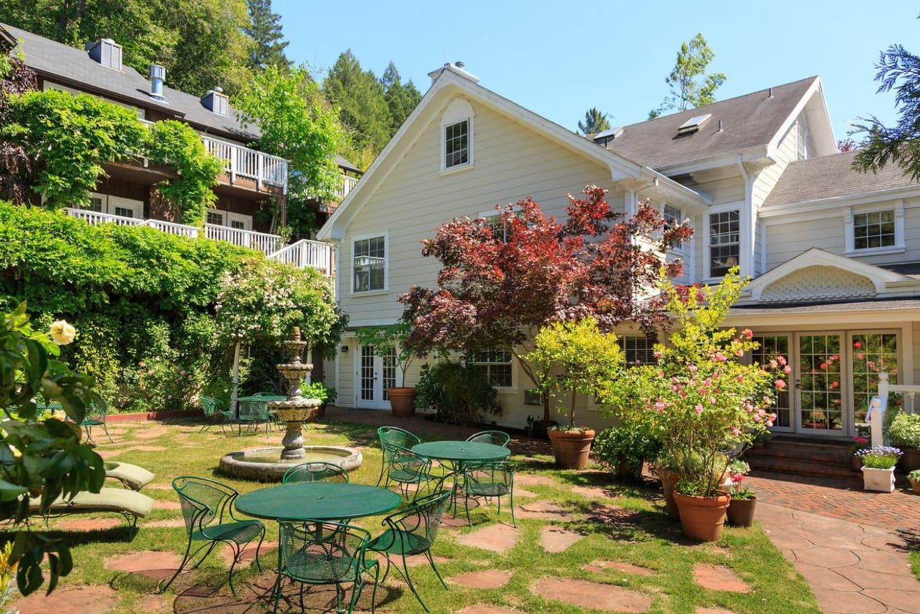7 Sonoma County Bed and Breakfasts Worth Checking Into