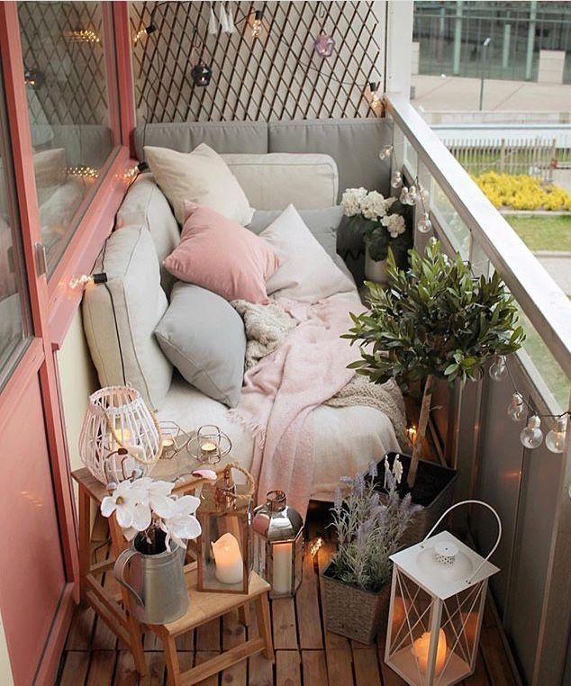 Aus Platzgründen gibt es keine Entschuldigung! Schöner Balkon! - Balkon ideen #balconyideas
