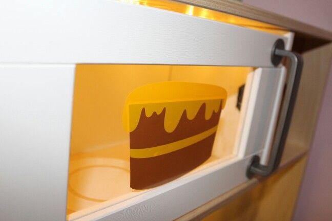 mikrowelle wird ebenfalls beleuchtet ikeak che duktig aufgepimpt pinterest mikrowelle. Black Bedroom Furniture Sets. Home Design Ideas