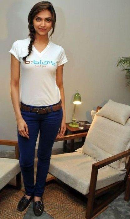 Deepika Padukone Hot and latest Photos - Found Pix ...
