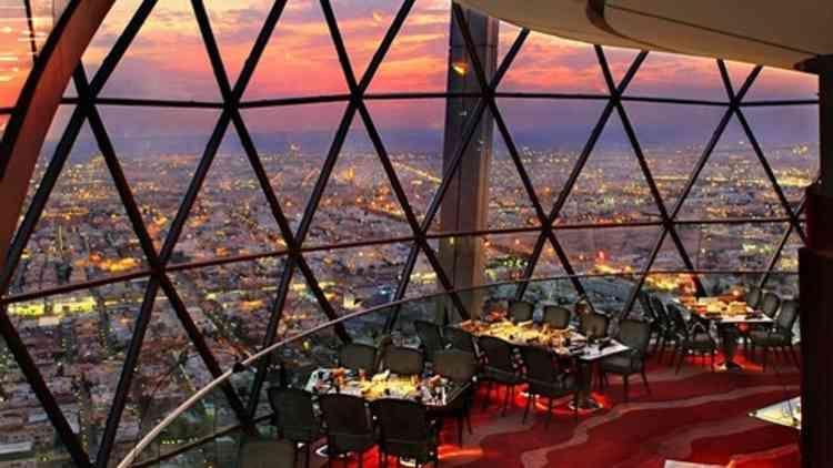 أفضل مطاعم الرياض للزوار وأهل البلد في المملكة Fair Grounds Grounds